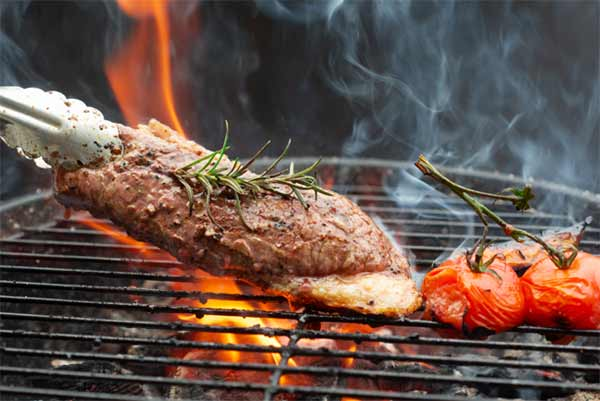 How to Barbecue on Gas Grills