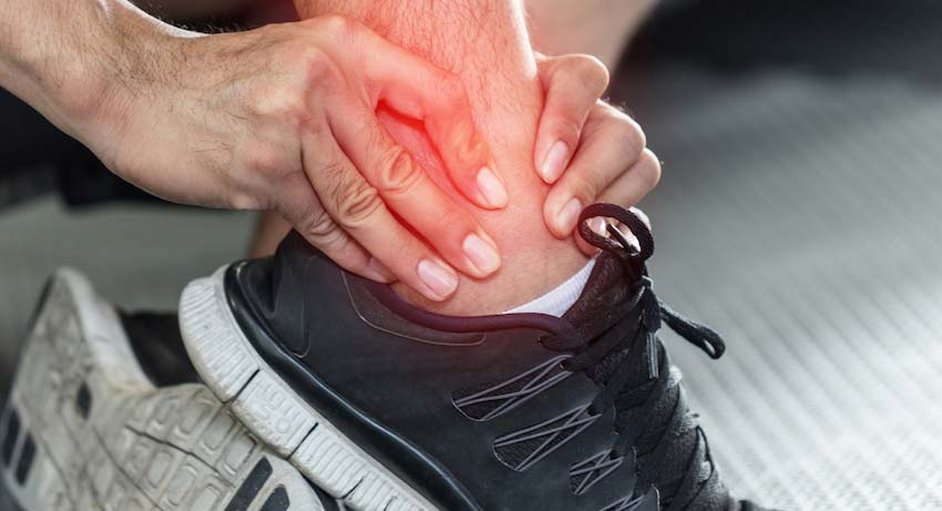 What are the best treatments for diabetic foot pain