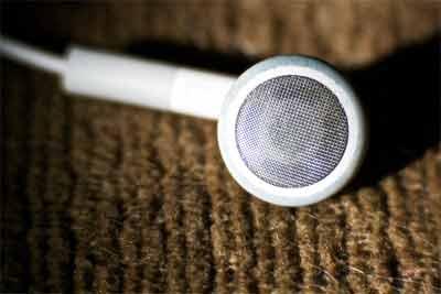 Advanced technologies in wireless headphones
