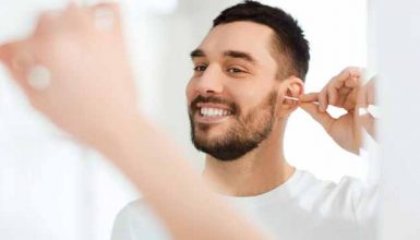 How to Use an Ear Cleaner